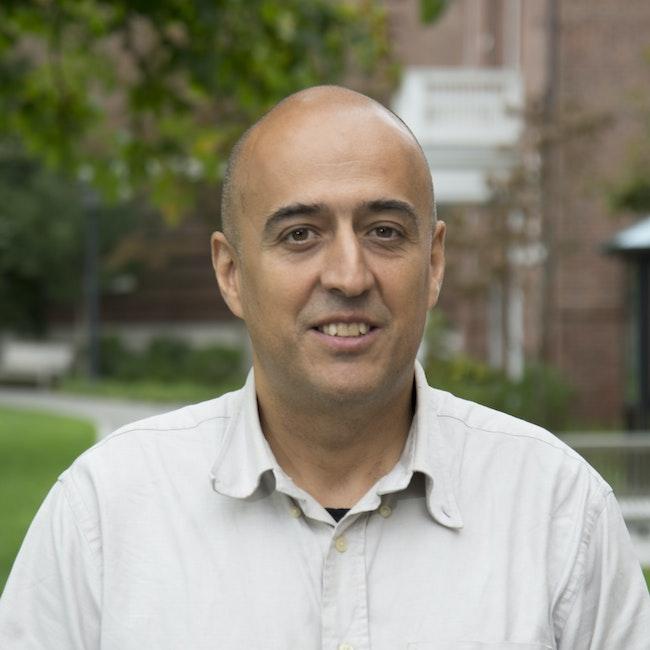 Headshot of Raúl Jiménez