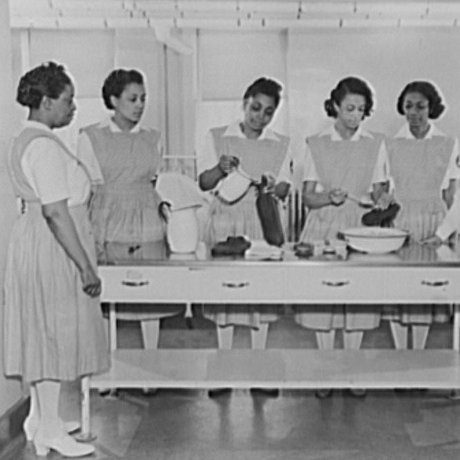 Volunteer nurses aides at Freedmen's Hospital, Washington, D.C., 1943 Courtesy of the Library of Congress