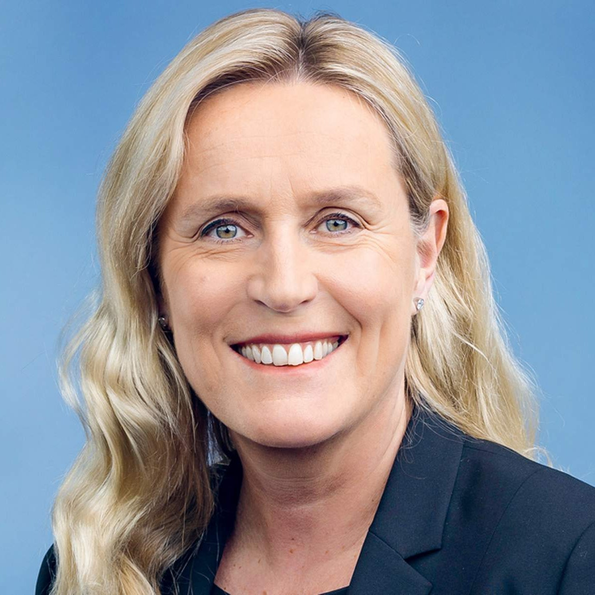 Headshot of Iris Bohnet