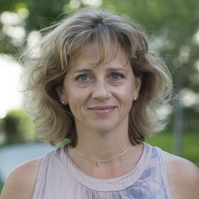 Headshot of Jennifer Ratner Rosenhagen