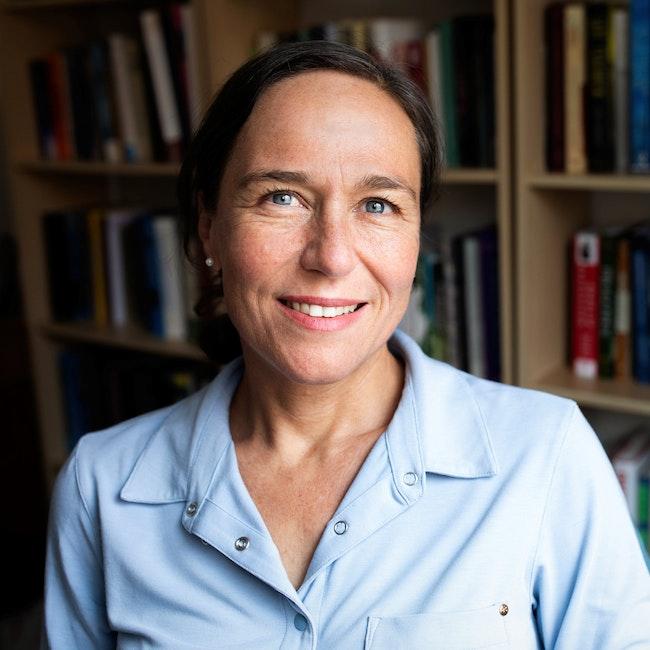 Portrait of Amelia Glaser