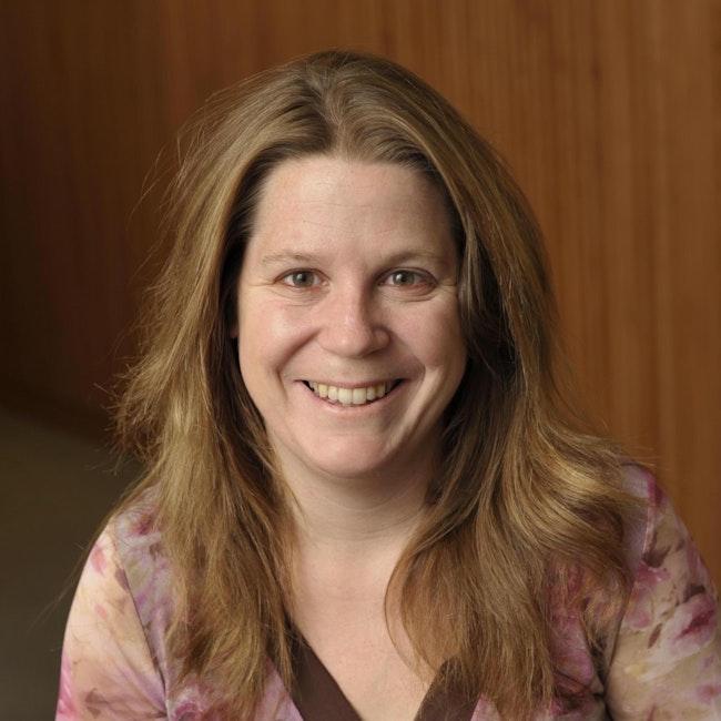 Headshot of Katie Peterson