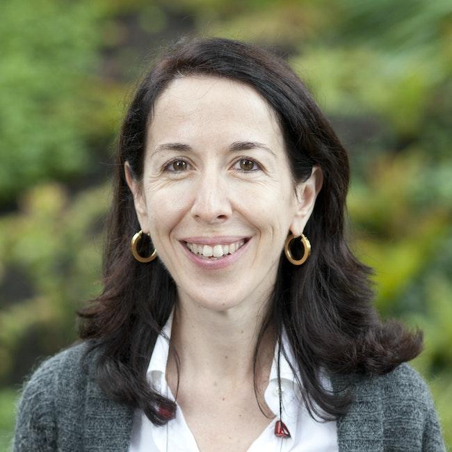 Headshot of Alessandra Buonanno