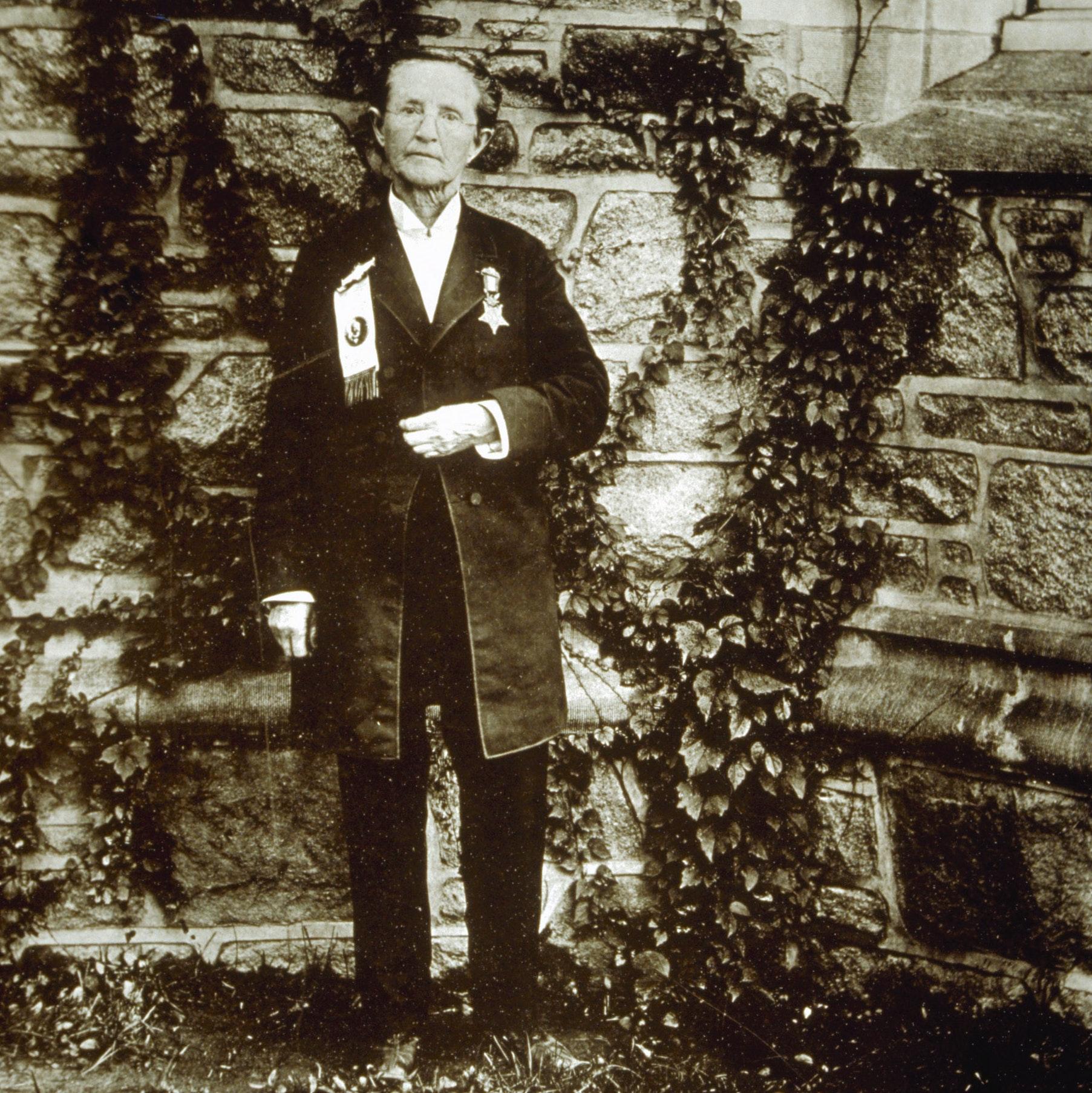 portrait of Mary Edwards Walker