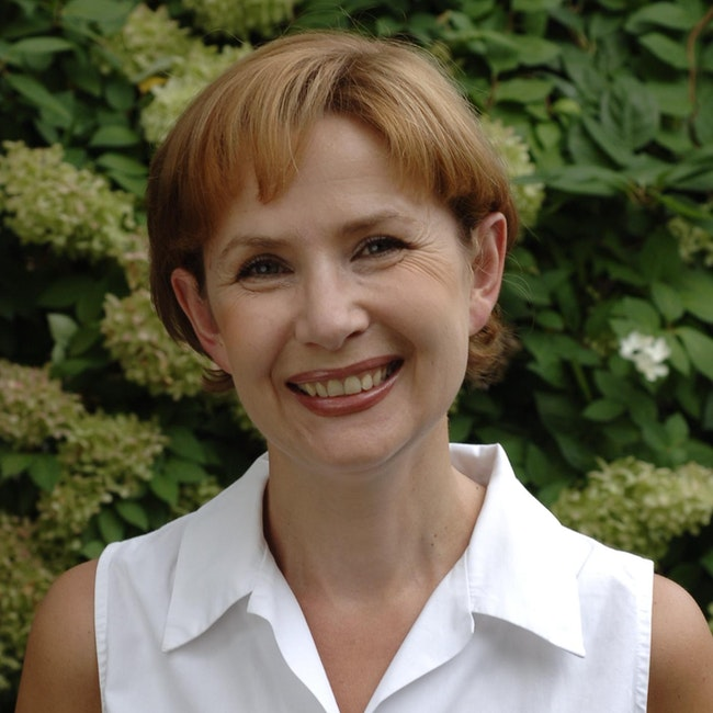 Headshot of Grazyna Jasienska