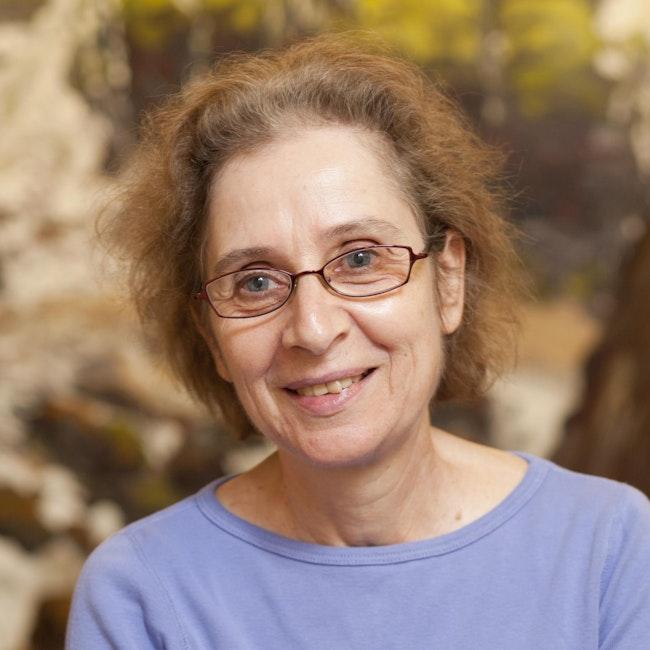 Headshot of Tamar Diesendruck