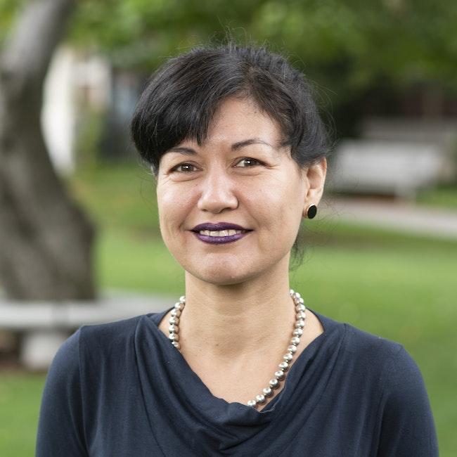 Headshot of Sylvia Schedelbauer