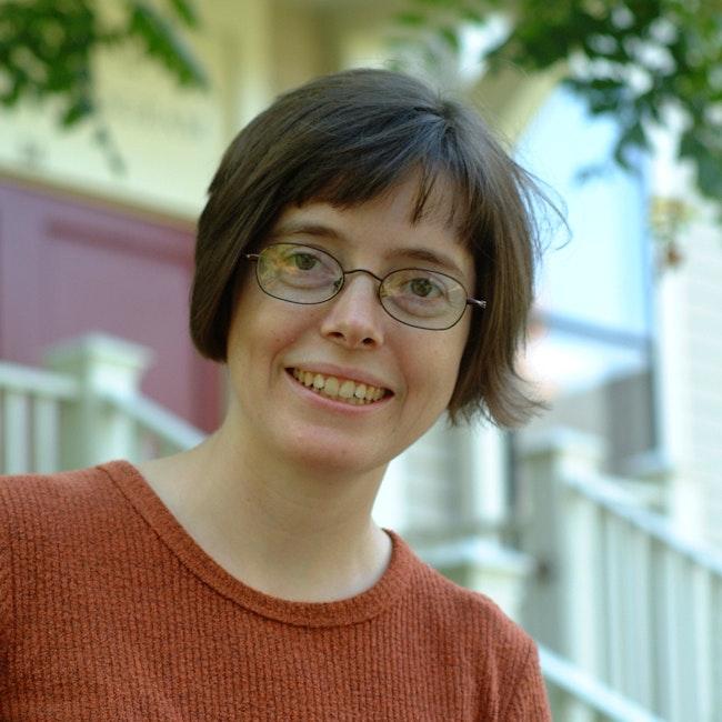 Headshot of Fiona Doetsch