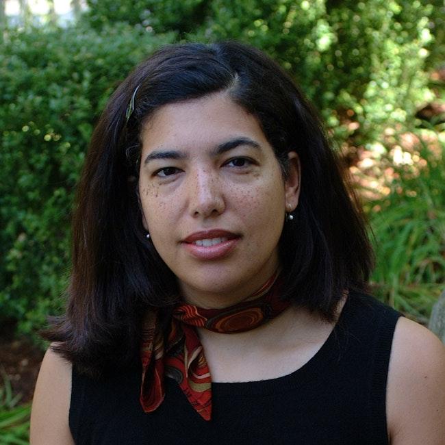 Headshot of Gwendolyn DuBois Shaw