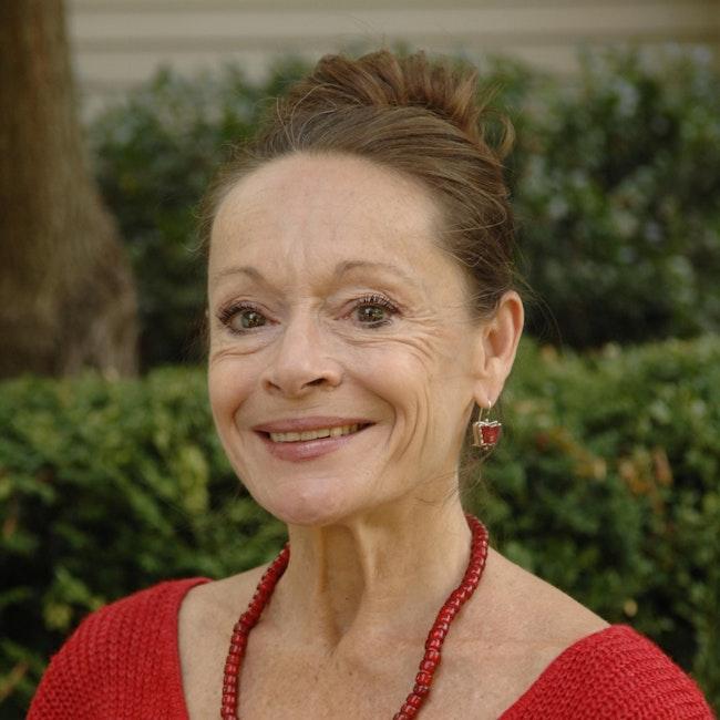 Headshot of Christine Dakin