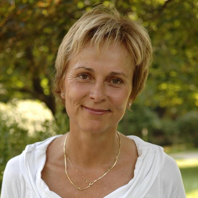 Headshot of Christine Mummery