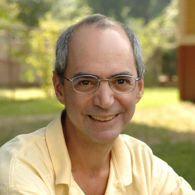 Headshot of Daniel Rothman
