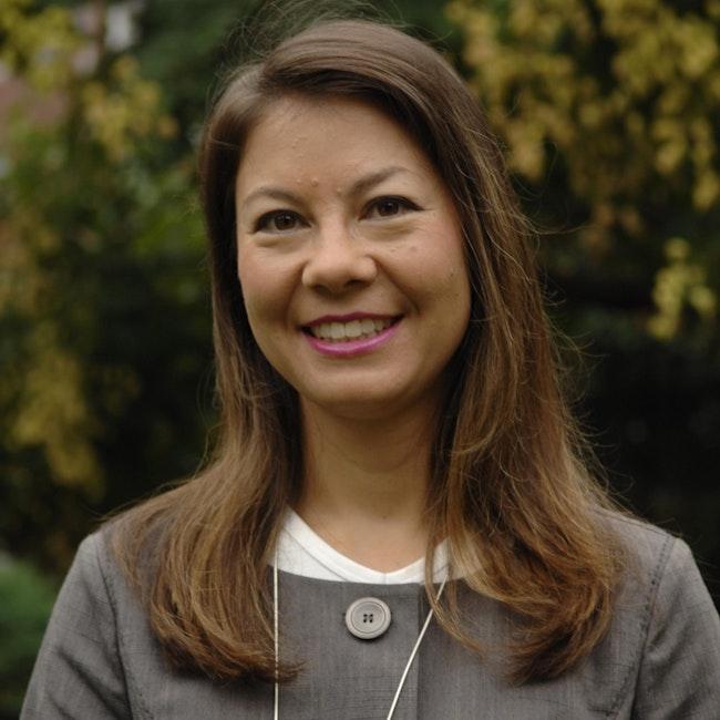 Headshot of Emma J. Teng