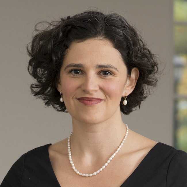 Headshot of Anna Zayaruznaya