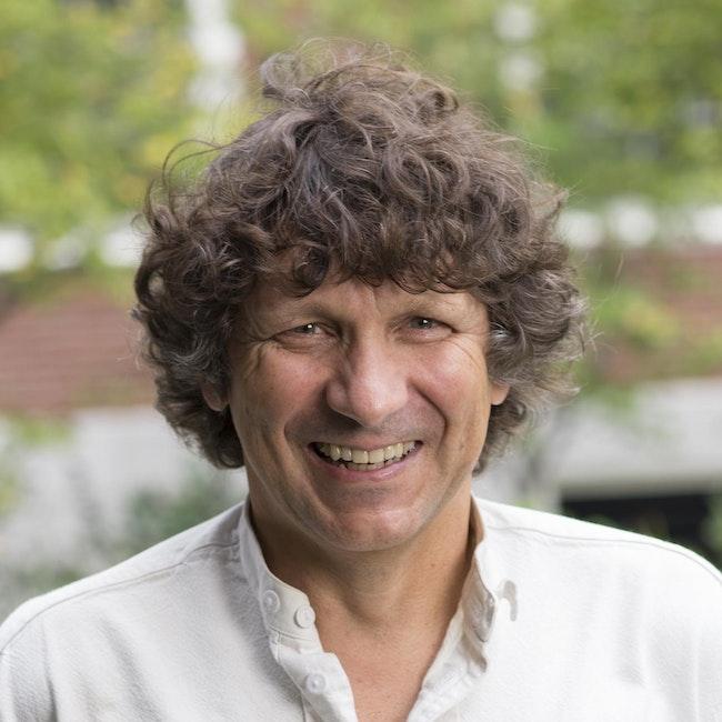 Headshot of Robert Huber