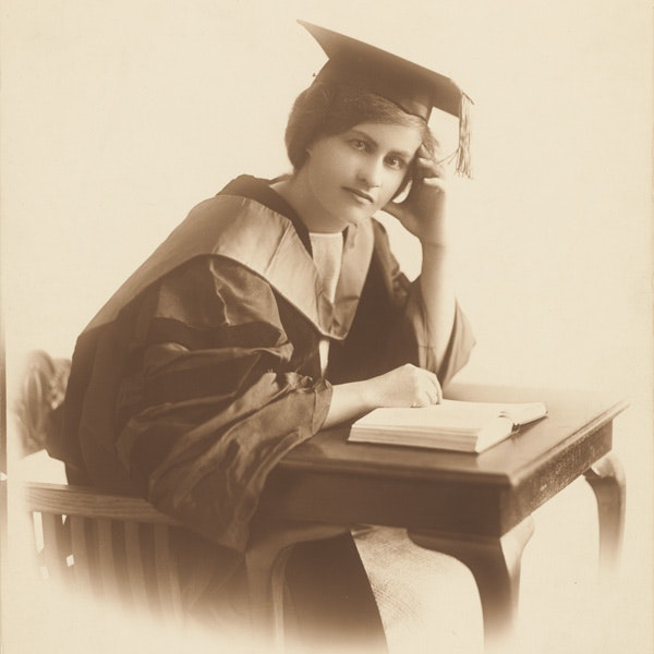 Lorna M Hodgkinson received an AM in 1921 and an EdD degree in 1922_courtesy of Harvard University Archives