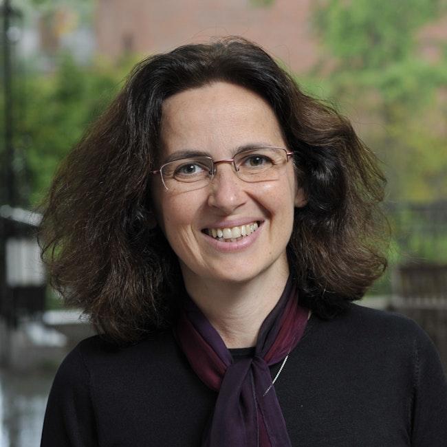 Headshot of Elisabeth Logak