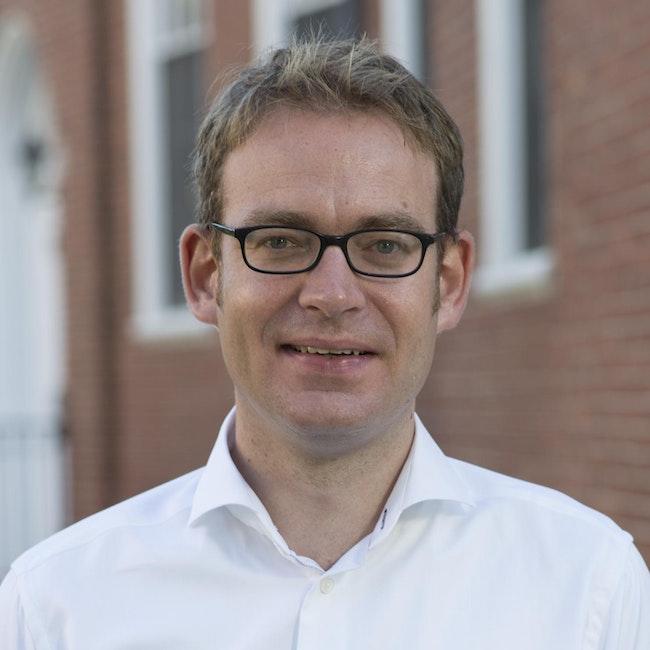 Headshot of Felix Warneken