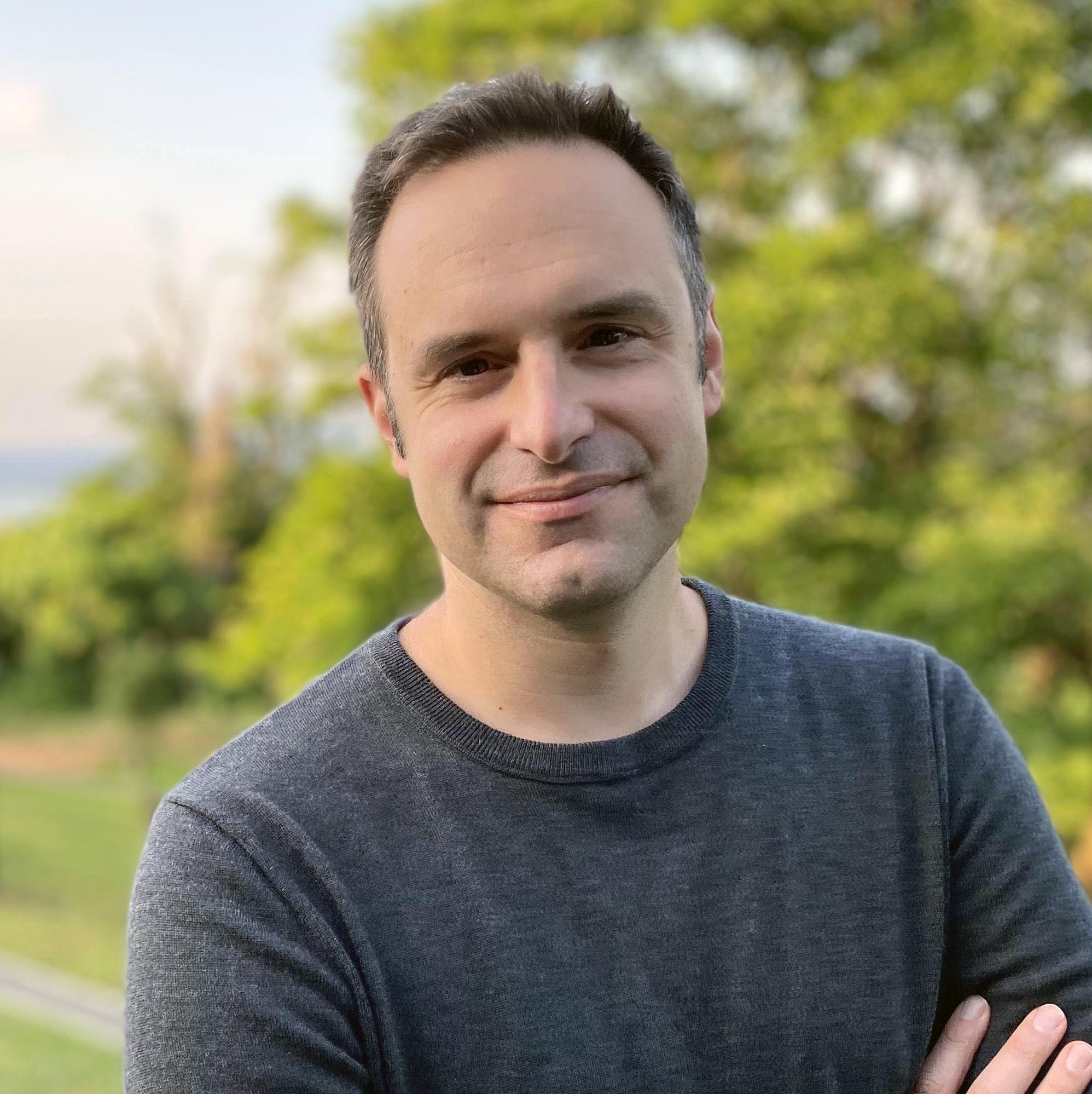 Portrait of Evan Economo