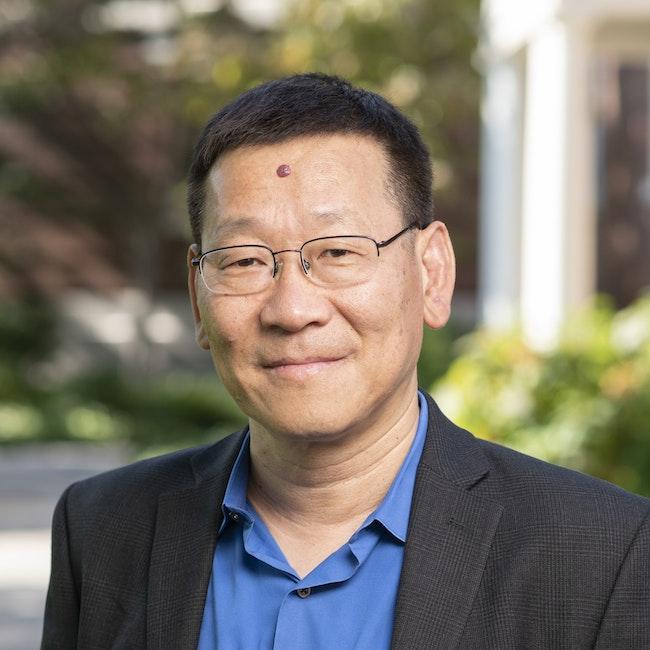 Headshot of Zhi-Xun Shen