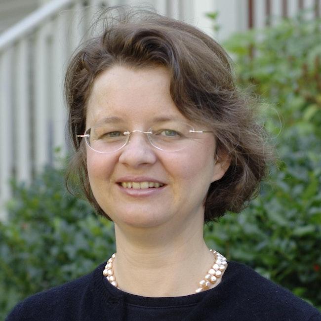 Headshot of Katrin Becker