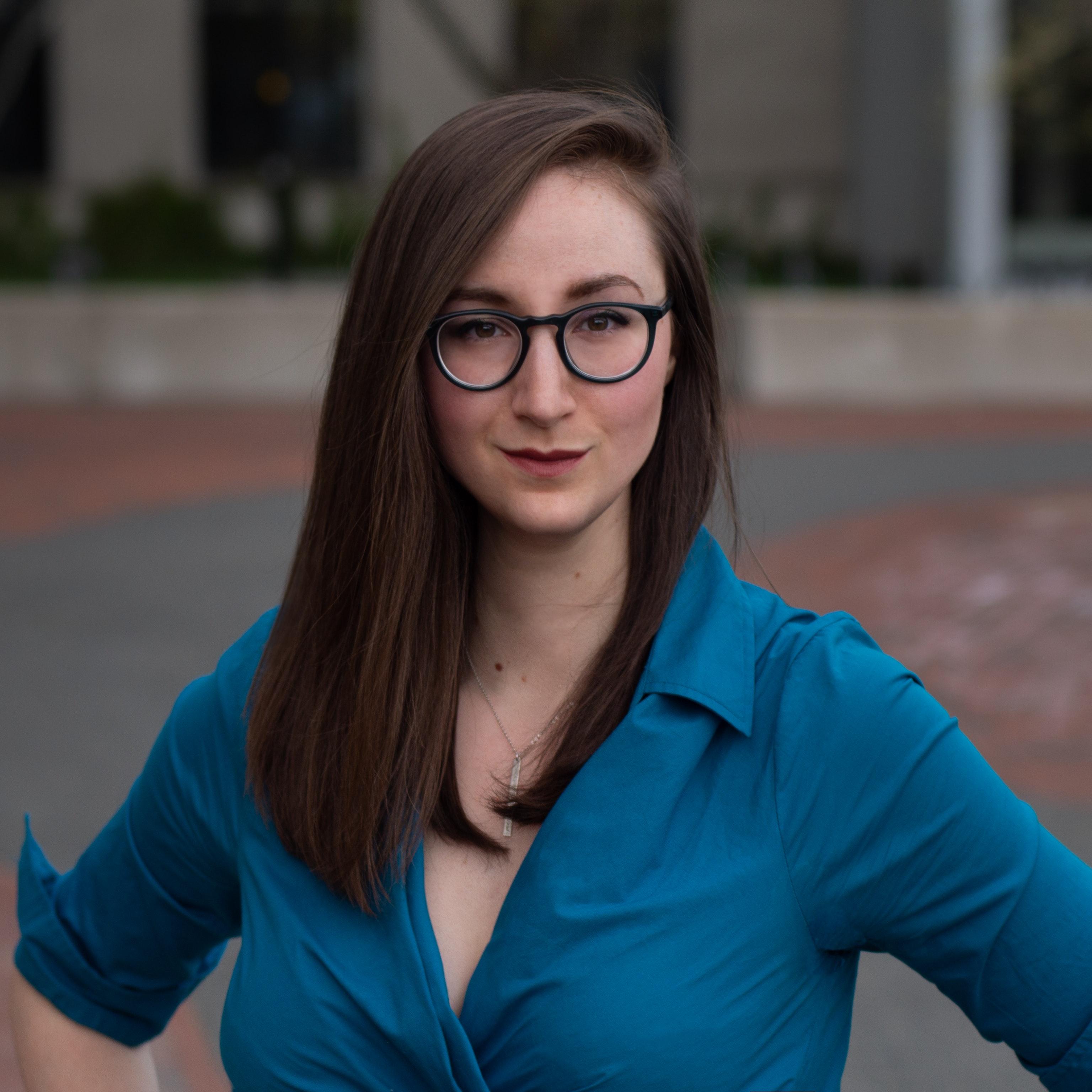 Headshot of Tina Tallon